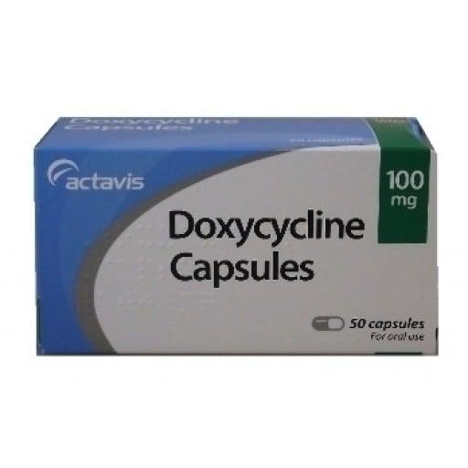 En la imagen se muestra una caja con cápsulas de Doxicicline 100mg